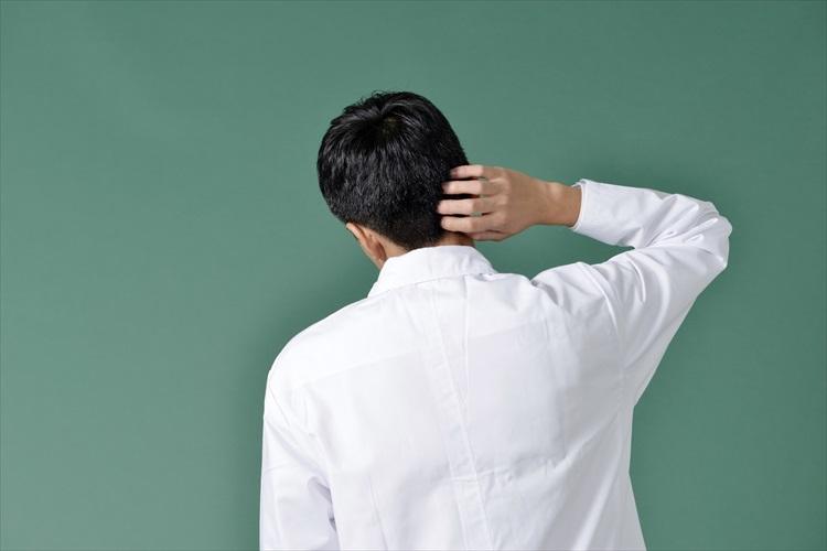 「頭皮がかゆい!」意外と辛い、頭皮のかゆみの原因と対策