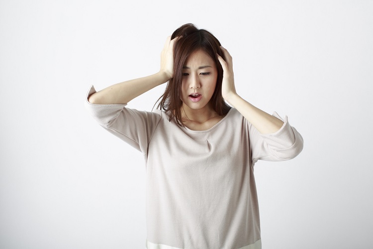 増えている「女性の薄毛」。原因と対策、治療について解説します。