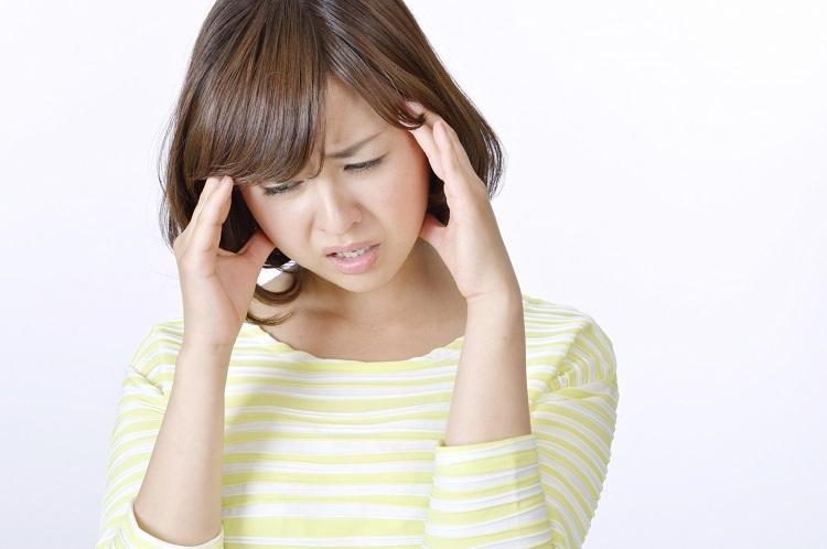 女性の更年期はどうして起こる?薄毛になるって本当?